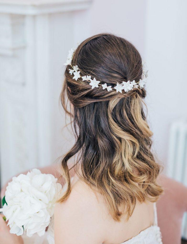 15 Half Up Half Down Bridal Hair Styles Rachel Sokhal Bridal Accessories