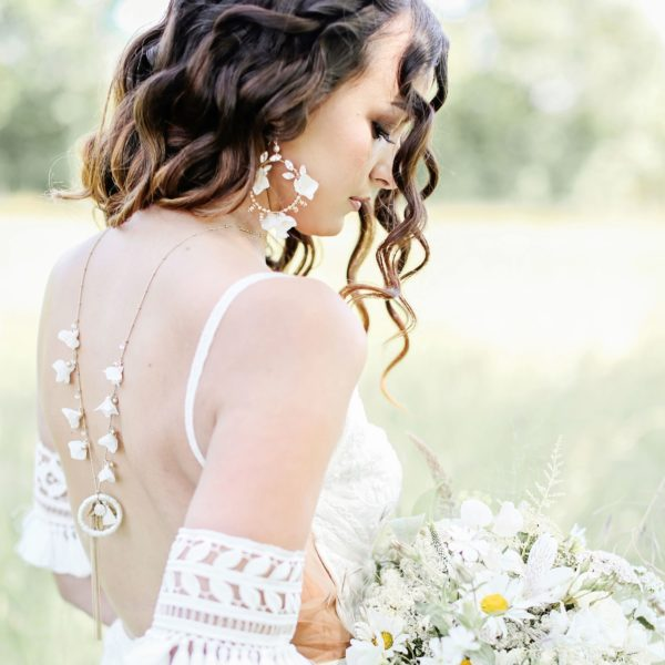 boho bridal backdrop necklace