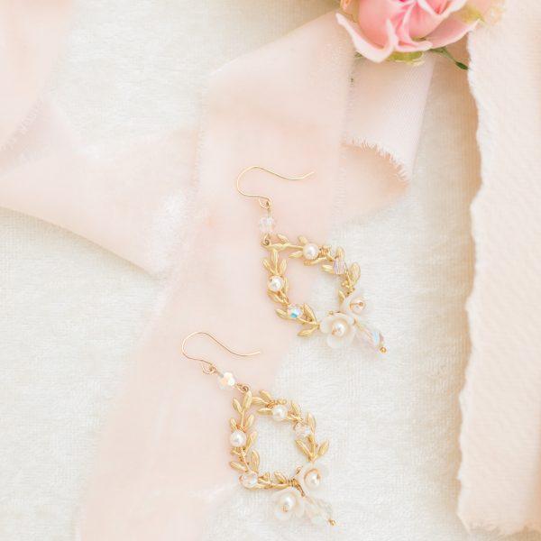 Gold bridal drop earrings