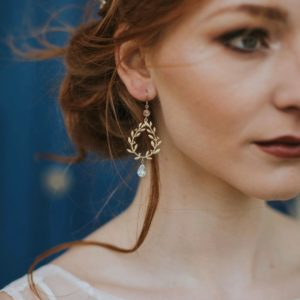 Leaf drop bridal earrings