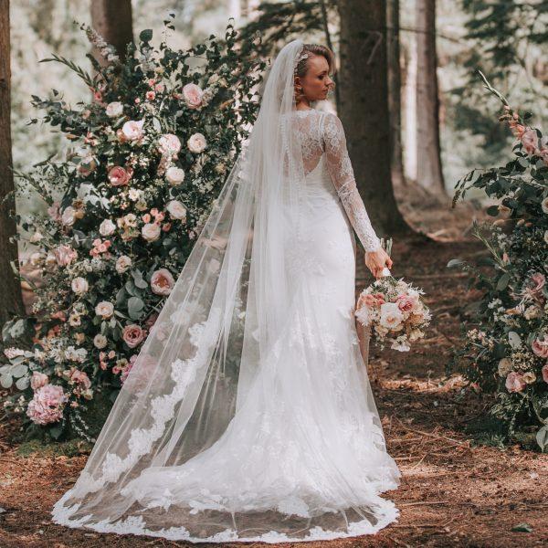 lace edged chapel length bridal veil